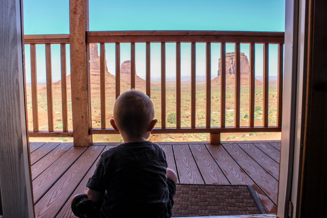 cabin the view monument valley