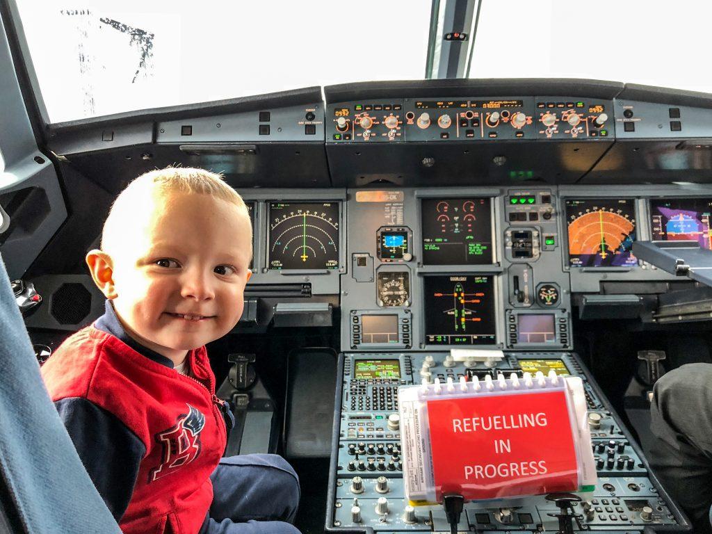 volare con bambini, trovare il volo
