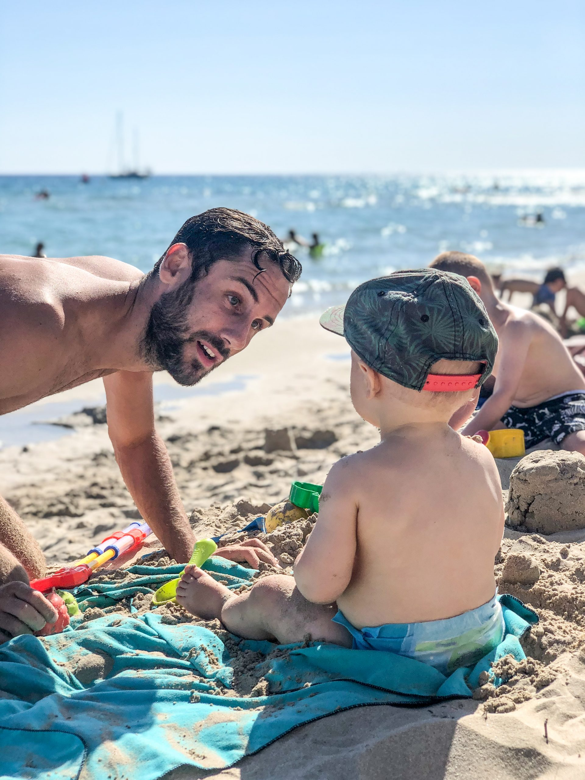 spiaggia son bou con bambini
